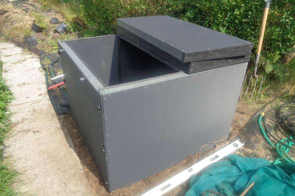 Super Compost Bin