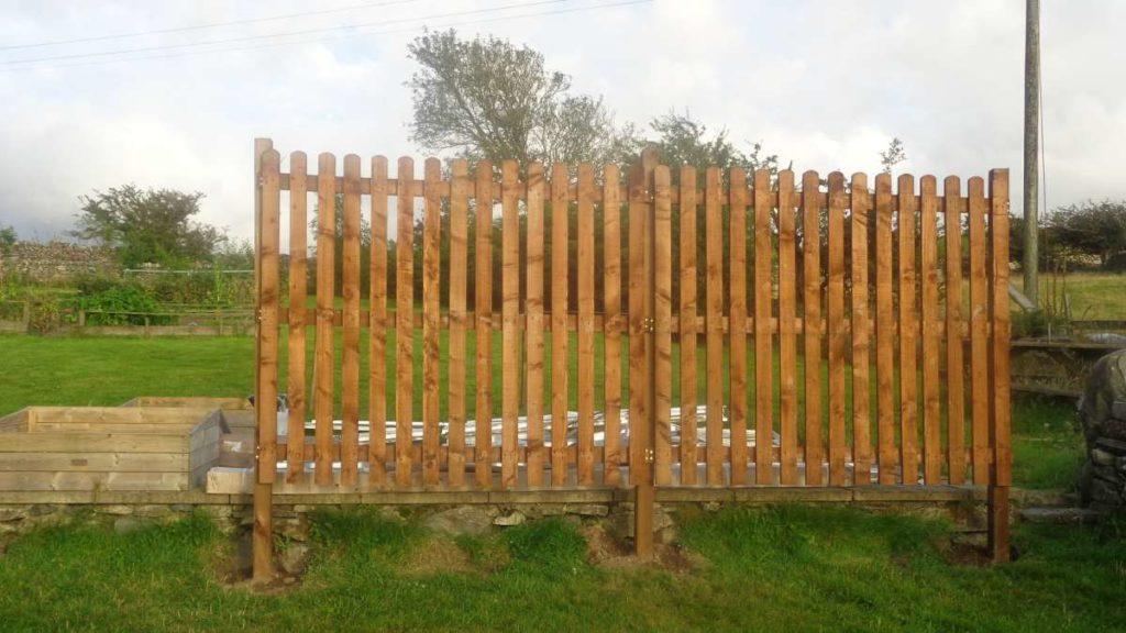 Windbreak Palisade Fence