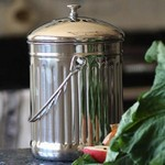 Kitchen Composters and Caddies