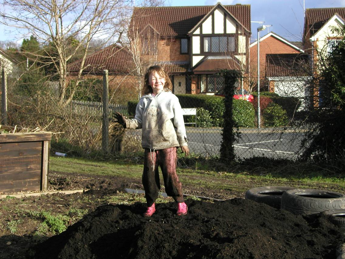 children on allotment